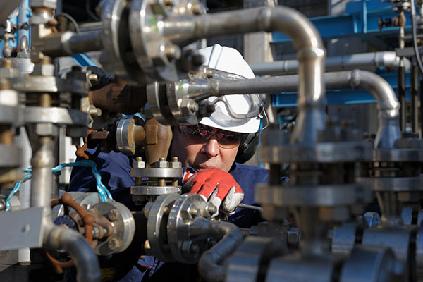 Broaden Your Oil and Gas Career Horizons with API Certifications